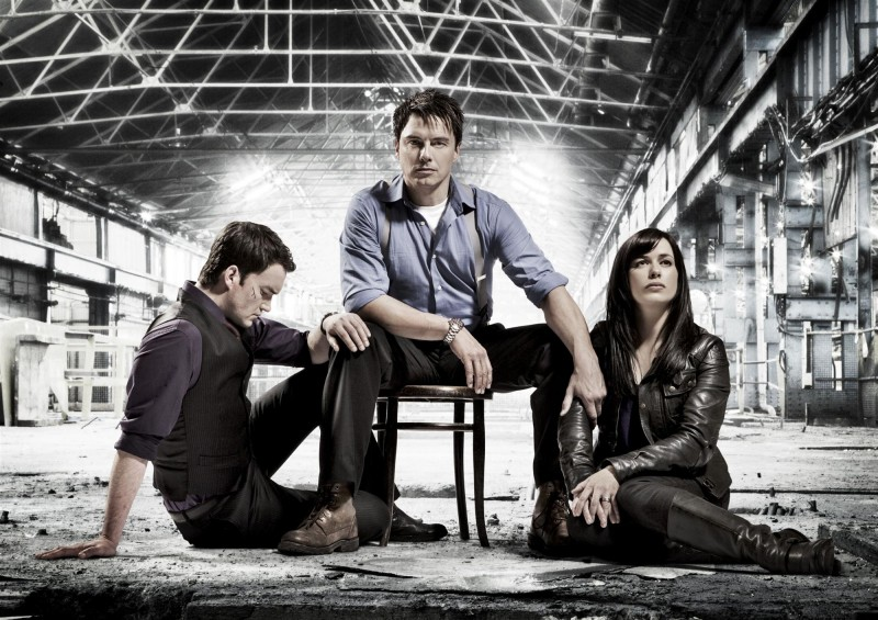 Torchwood: Children of Earth: John Barrowman, Eve Myles e Gareth David-Lloyd in una foto promozionale