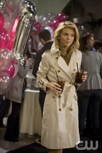 90210: AnnaLynne McCord nell'episodio Rats and Heroes