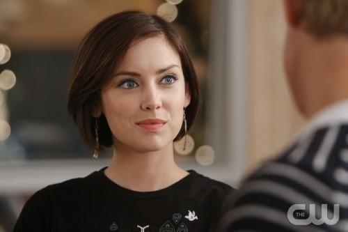 90210: Jessica Stroup nell'episodio Winter Wonderland