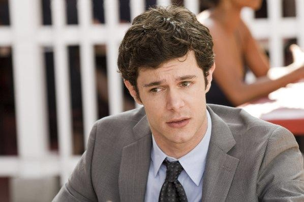 Adam Brody in un'immagine tratta dal film Cop Out