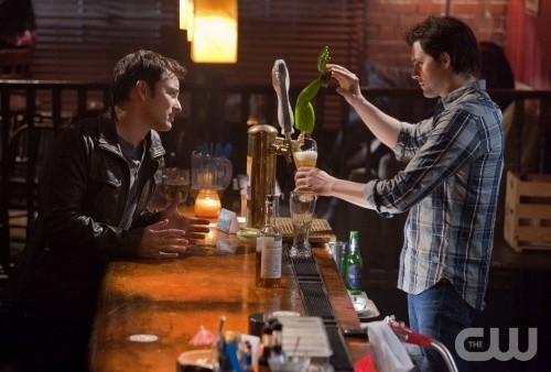 Life UneXpected: Kristoffer Polaha e Kerr Smith nell'episodio Bride Unbridled