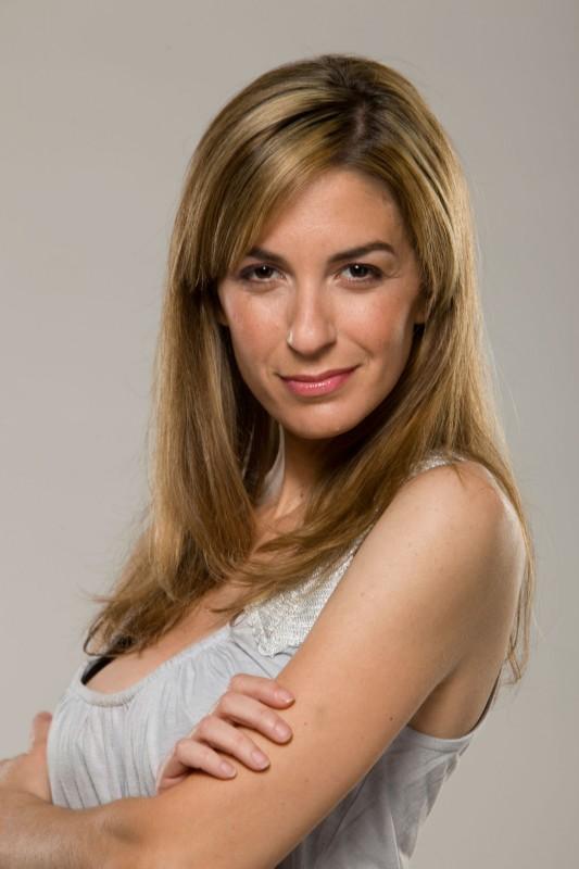 Danielle Schneider in una foto promozionale della serie Players