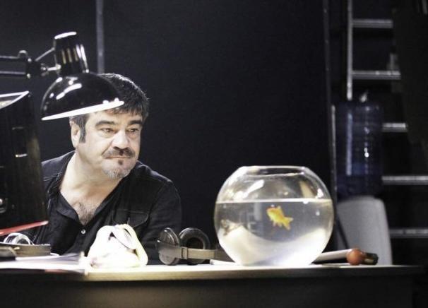 Francesco Pannofino in una scena di Boris 3
