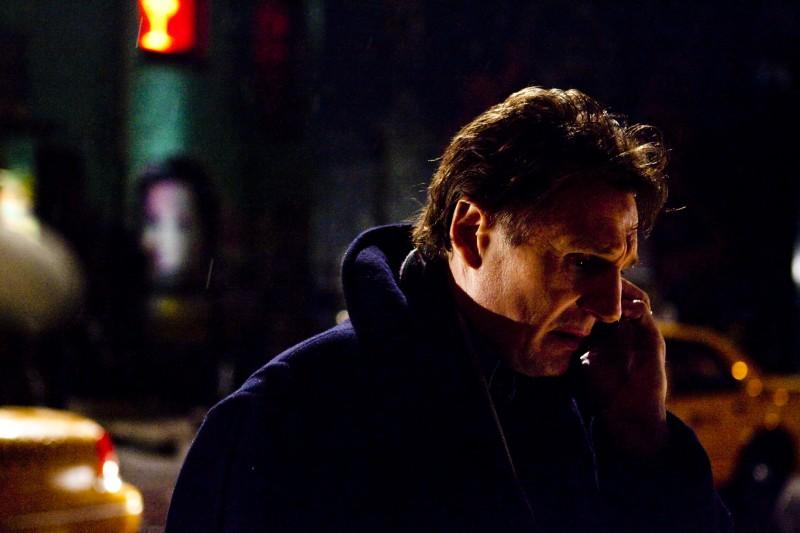 Liam Neeson in una sequenza del film Chloe