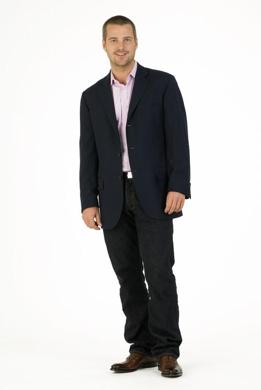 Chris O'Donnell in un'immagine promo per la nuova serie NCIS: Los Angeles