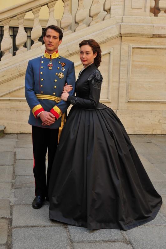 David Rott e Cristiana Capotondi nella fiction Sissi, co-prodotta dalla Rai