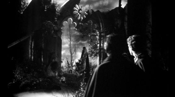Andrea Checchi, John Richardson e Barbara Steele in una scena del film La maschera del demonio