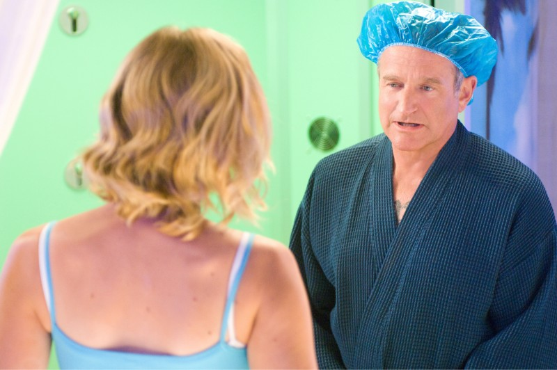 Robin Williams in un'immagine della commedia Daddy Sitter