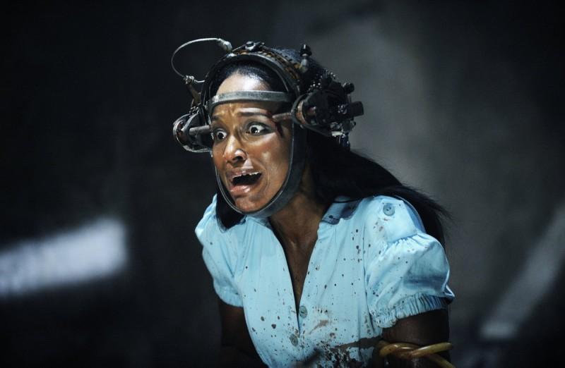 Tanedra Howard nella scena della scelta in Saw VI
