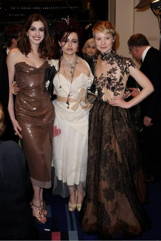Helena Bonham Carter, Anne Hathaway e Mia Wasikowska alla Royal World Premiere di Alice In Wonderland
