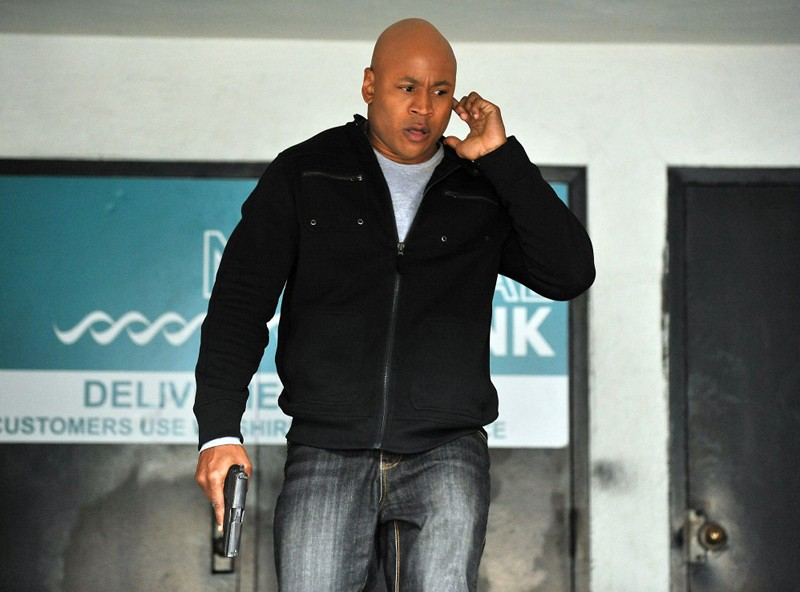 LL Cool J in missione nell'episodio The Bank Job di NCIS: Los Angeles