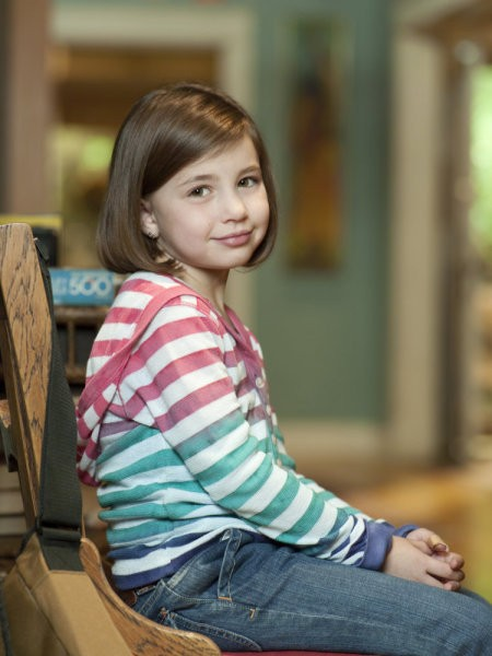 Savannah Rae è la piccola Sydney Graham in una foto promozionale serie Parenthood