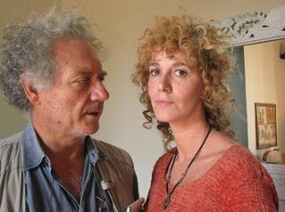 Giorgio Colangeli e Orsetta De Rossi in una scena del film Venti sigarette
