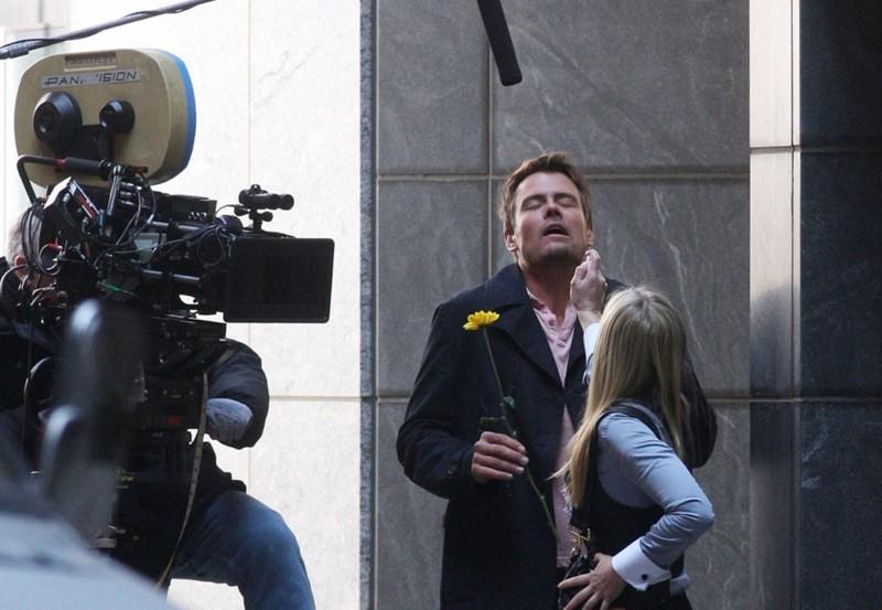Josh Duhamel e Kristen Bell durante le riprese del film When in Rome