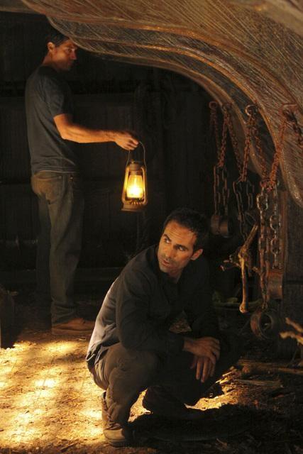Nestor Carbonell nell'episodio Dr. Linus di Lost