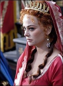 Polly Walker in foto promozionale del serial Roma