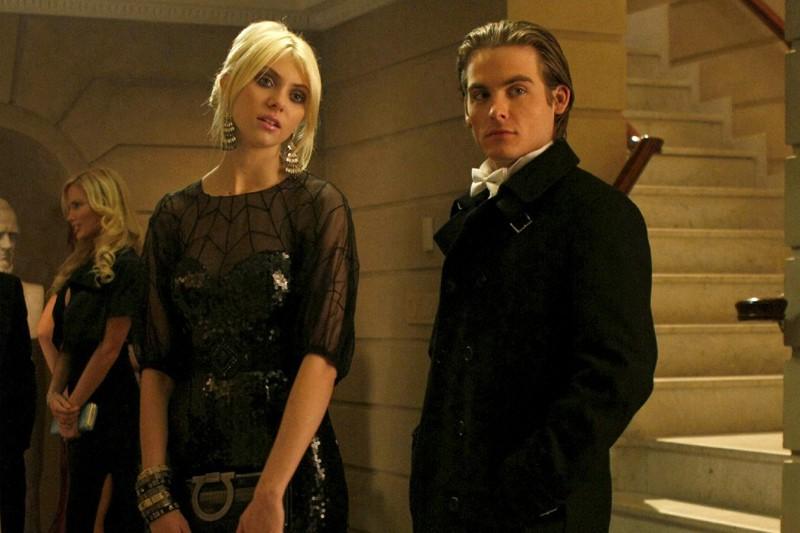 Taylor Momsen e Kevin Zegers eleganti per una Cena di Stato nell'episodio The Hurt Locket di Gossip Girl