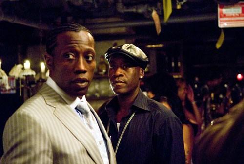 Wesley Snipes e Don Cheadle in una sequenza del poliziesco Brooklyn's Finest