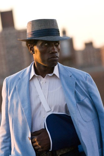 Wesley Snipes in una sequenza del film Brooklyn's Finest