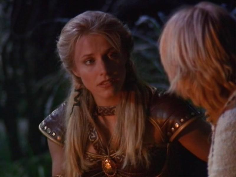 """Xena: Brittney Powell in una scena dell\'episodio \""""The Rheingold\"""""""