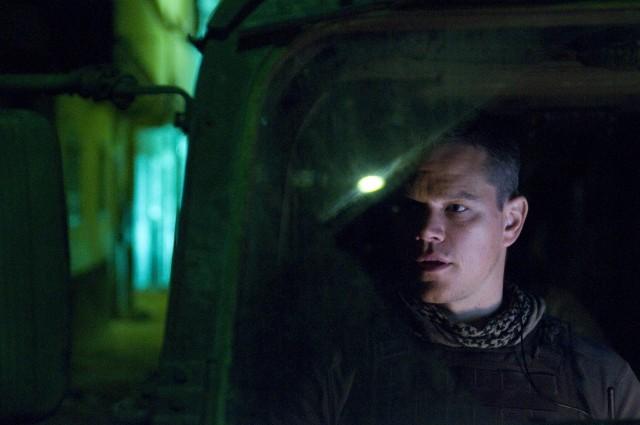 Matt Damon in una sequenza dell'action Green Zone