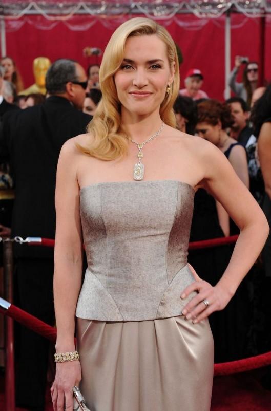 Kate Winslet sul Red Carpet degli Oscar 2010