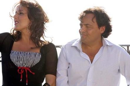 Veronica Mazza e Eduardo Tartaglia sono i protagonisti de La valigia sul letto