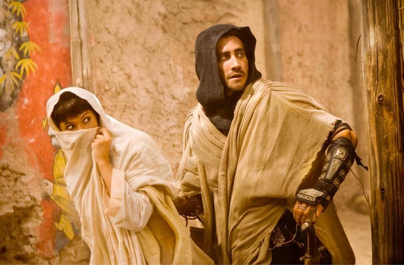 Il Principe Dastan (Jake Gyllenhaal) e Tamina (Gemma Arterton) in una scena di Prince of Persia: Le Sabbie del Tempo