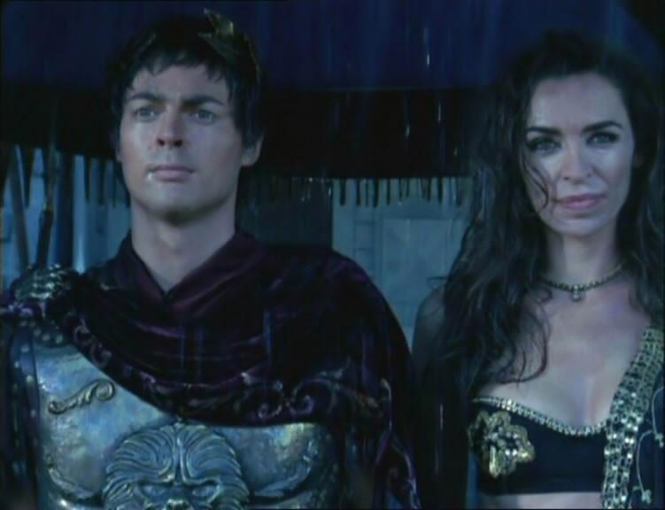 Karl Urban e Claire Stansfield in una scena di Xena nell\'episodio When fates collide