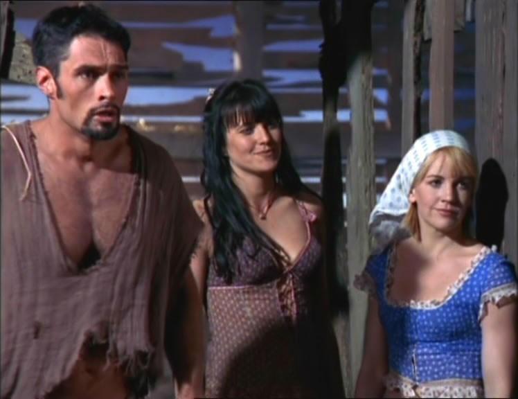 Kevin Smith, Renee O\'Connor e Lucy Lawless in una scena di Xena