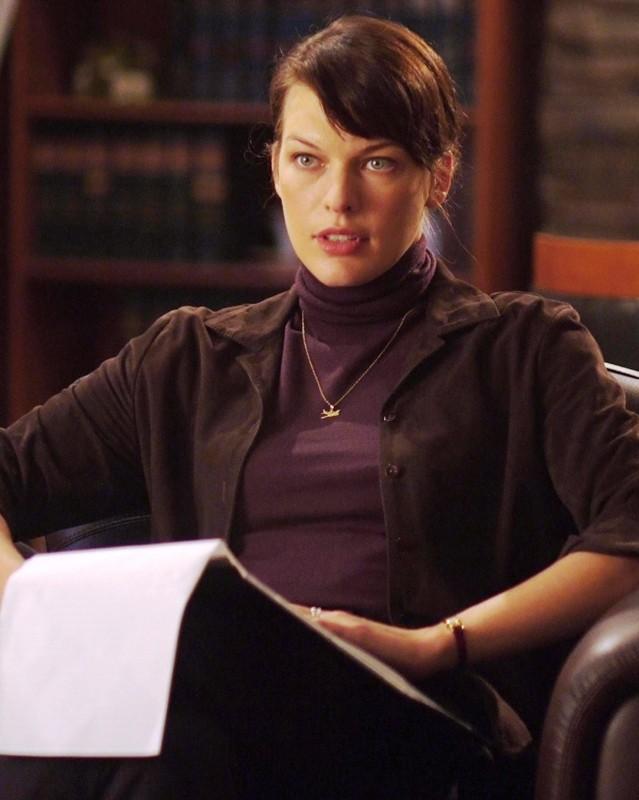 Milla Jovovich è la psicologa Abbey Tyler nel film The Fourth Kind (2009)