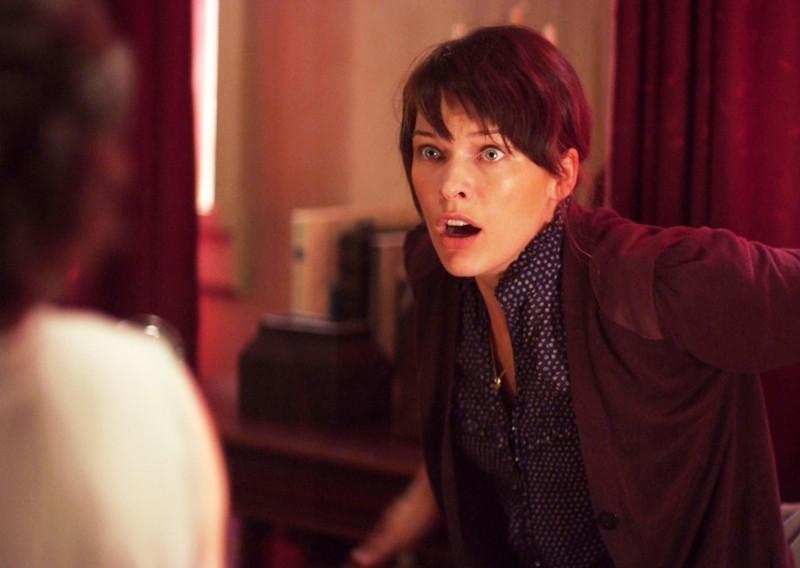 Milla Jovovich in una scena del thriller sci-fi The Fourth Kind (2009)