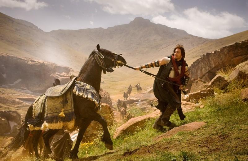 Una sequenza di Prince of Persia: Le Sabbie del Tempo con il Principe Dastan (Jake Gyllenhaal) e il suo cavallo
