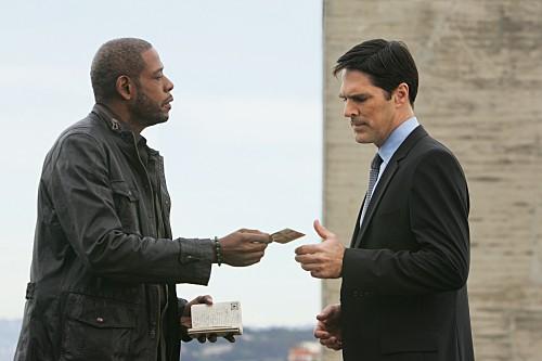 La guest star Forest Whitaker e Thomas Gibson in un momento dell'episodio The Fight di Criminal Minds