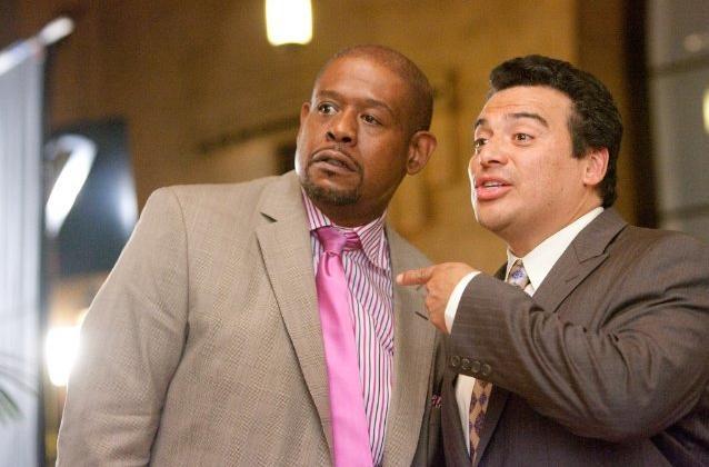 Forest Whitaker e Carlos Mencia, padri in competizione in Our Family Wedding