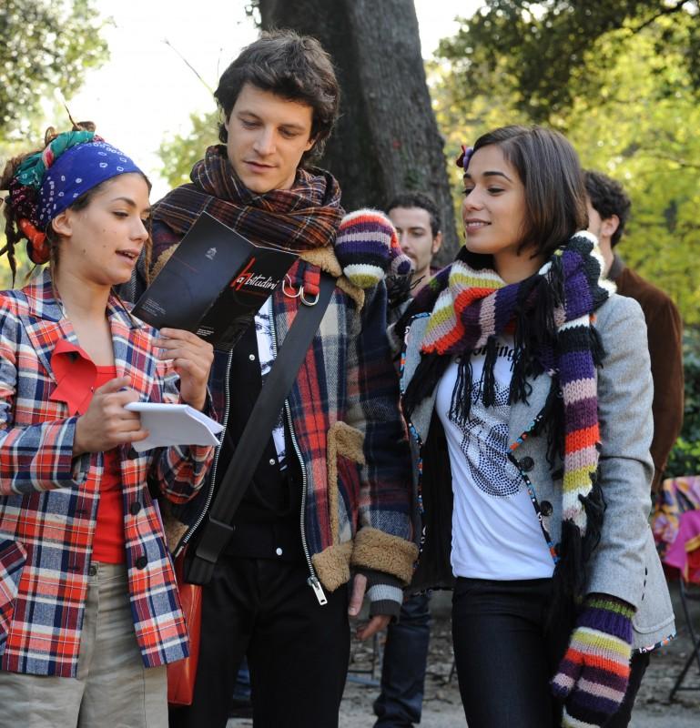 Giulia Michelini, Andrea Bosca e Diane Fleri sul set del film Febbre di fieno