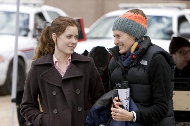 L'attrice Amy Adams e la regista Christine Jeffs sul set del film Sunshine Cleaning