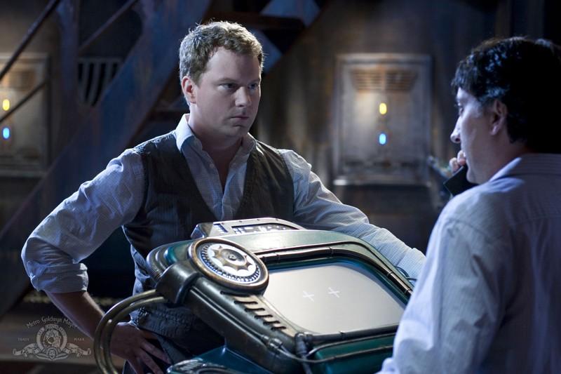 Una sequenza dell'episodio Giustizia di Stargate Universe con Patrick Gilmore e Mark Burgess