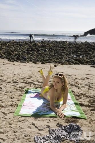 AnnaLynne McCord nell'episodio Girl Fight di 90210