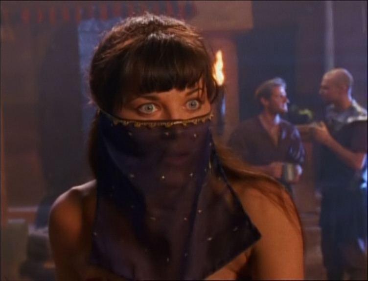 Lucy Lawless in Cradle of hope, episodio di Xena - Principessa guerriera