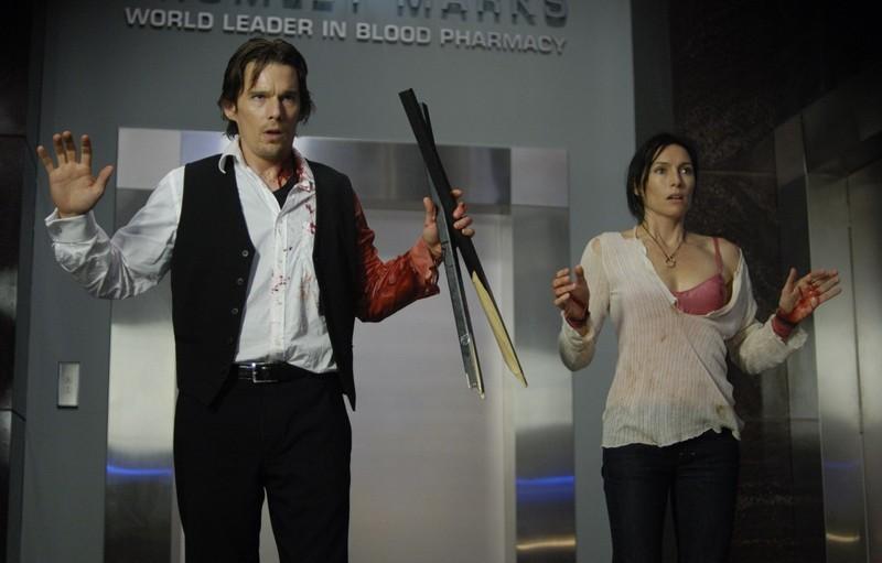 Una sequenza del film Daybreakers con Ethan Hawke e Claudia Karvan