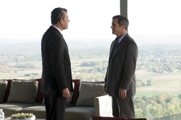 Danny Huston e Mel Gibson in una scena del film Fuori controllo