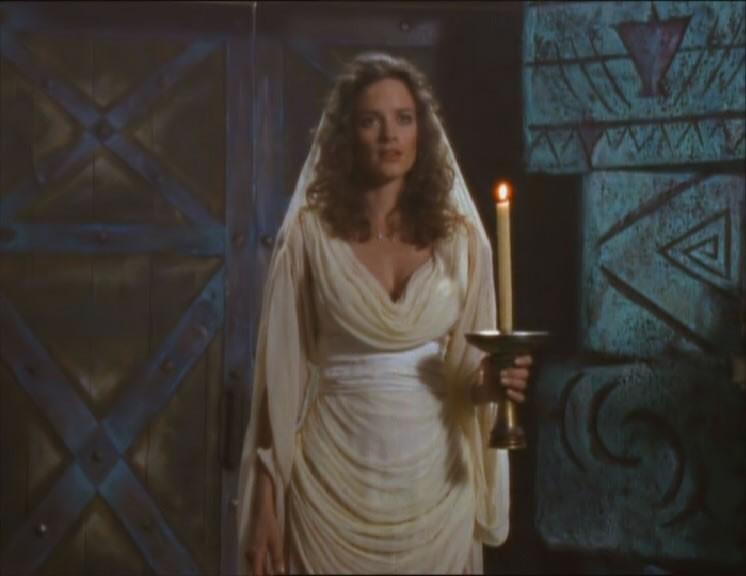 Kate Hodge in Death in chains, episodio di Xena.
