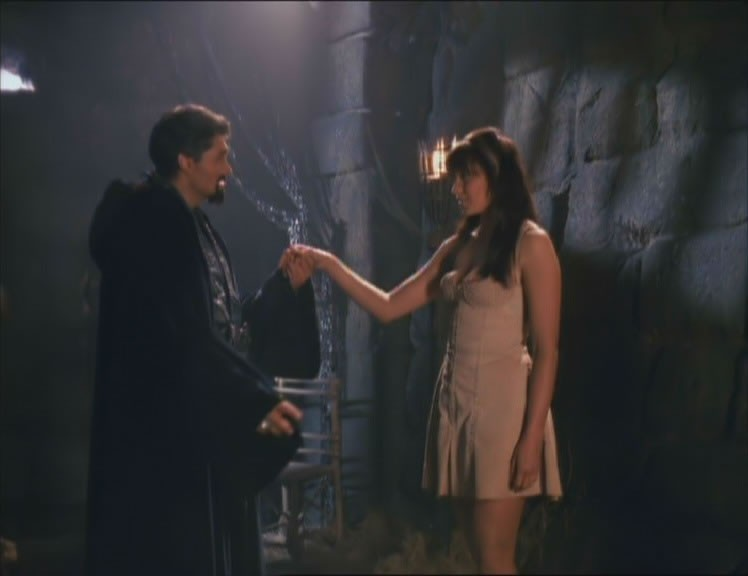 Kevin Smith e Lucy Lawless in The Reckoning, episodio di Xena
