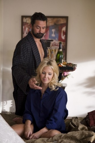 Heather Locklear e Billy Campbell nell'episodio Oriole di Melrose Place