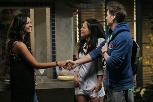 Melrose Place: Jessica Lucas, Stephanie Jacobsen e Nick Zano nell'episodio Stoner Canyon