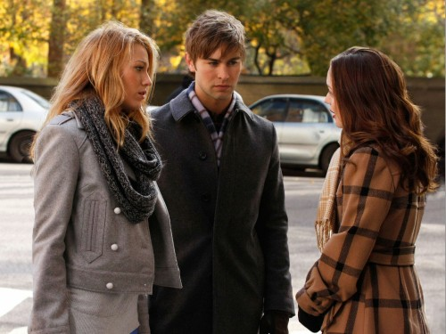 Serena (Blake Lively), Nate (Chace Crawford) e Blair (Leighton Meester) nell'episodio The Lady Vanished di Gossip Girl