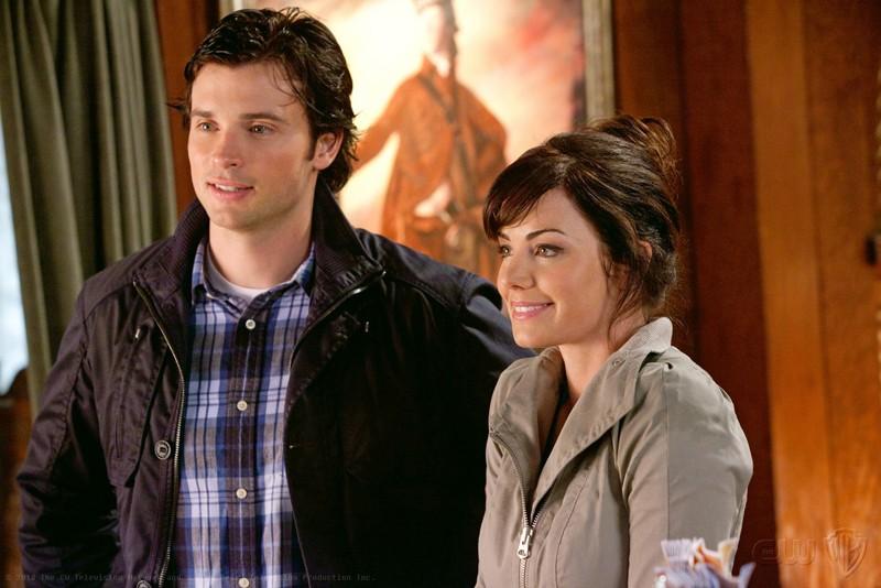 Tom Welling ed Erica Durance in una scena dell'episodio Escape di Smallville