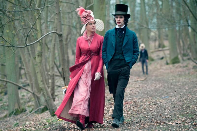 Abbie Cornish e Ben Whishaw in un'immagine di Bright Star