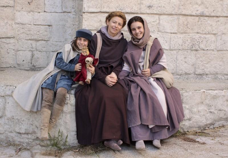 Amanda Sandrelli e i piccoli Noemi e Nicholas Marzullo sul set del film Christine Cristina